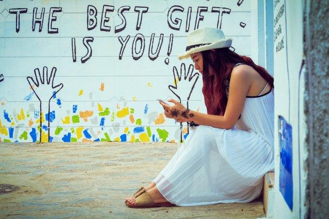 best gift_ aziz-acharki-416318-unsplash